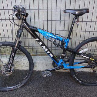 街乗りMTB用に、自転車を傷つけずに装着できるQRスタンドを買ったぞ!