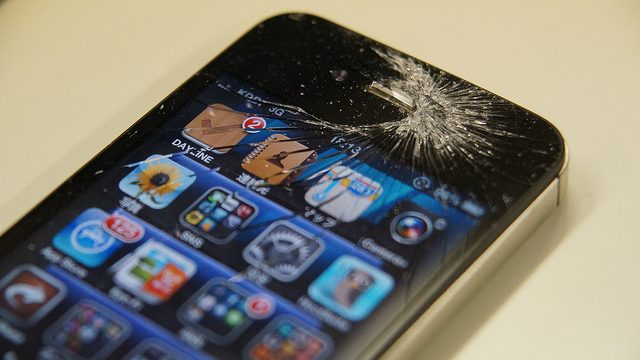 iPhoneの修理をAppleストアで行うために行うべきな「ジーニアスバーの予約方法」を教えるぞ!