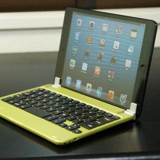 iPadminiユーザーなら買わないのが損!iPadminiをノートパソコン化する着脱型「MiniSuit NewYork Bluetoothキーボード」が良いぞ!
