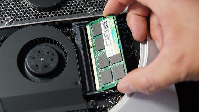 【動画と写真で解説】想像以上にカンタン!Mac mini2012Lateのメモリを自分で交換したぞ!
