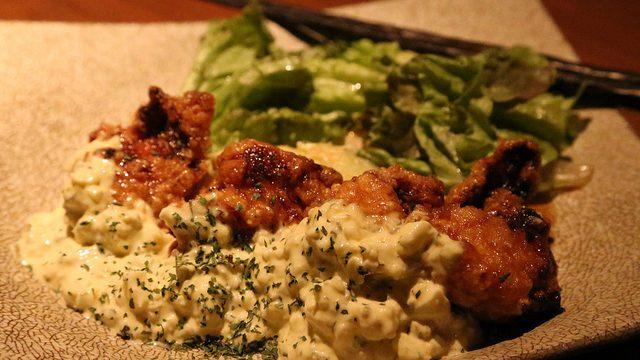 オシャレな店内で旨い鶏肉に舌鼓!武蔵小杉のトサカーナダイニングGOSSOを堪能したぞ!