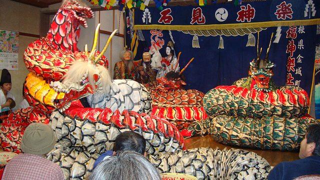 【One-Pack Photo】:島根や広島の伝統芸能「石見神楽(いわみかぐら)」の大蛇 #1photo