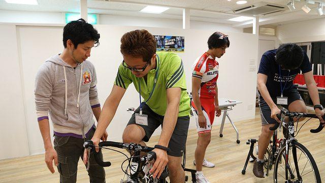 【ロードバイク体験】サドルやハンドルを自分にあった位置に調整する方法を教わったぞ!