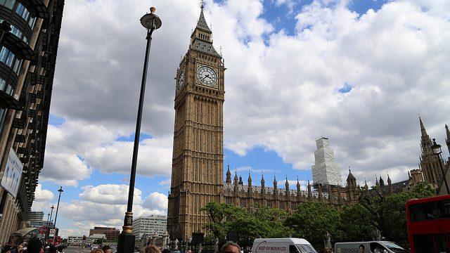 【ロンドン観光】EOS70Dでロンドンの時計塔「ビッグベン」を撮ってきたぞ!