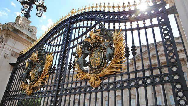 【ロンドン観光】あのバッキンガム宮殿に行ってきたぞ!
