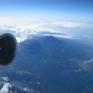 Canon「PowerShotS120」で上空およそ1万mから富士山を撮影してきたぞ!