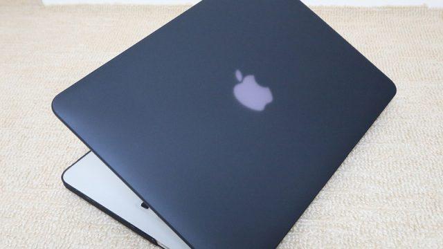 新しく買ったMacBookPro Retina13インチ用にコスパの高いマット質感の装着ケースを買ったぞ!
