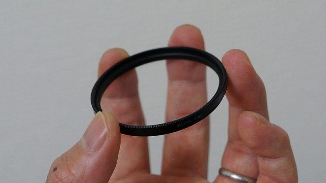 【レンズを買ったらコレ】「レンズ保護プロテクター」が傷や汚れ防止にめちゃいいぞ!