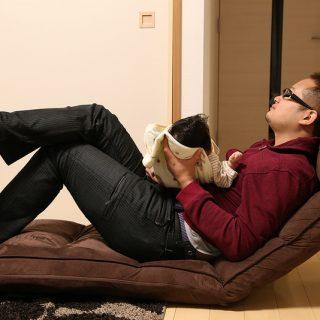 楽天で人気の1億円座椅子のロングバージョン購入!我が家ではもう手放せないぞ!