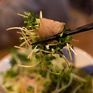 【横浜】らーめん春友流で、噂の「ねぎわれらーめん」のチャーシュー巻きを食べてきたぞ!