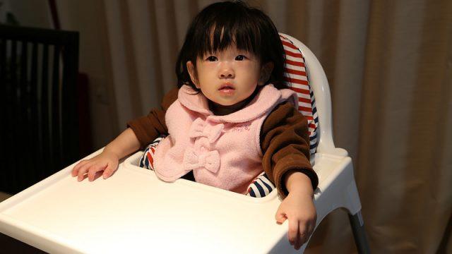 ベビー用テーブルハイチェアーにIKEAの1499円のイスという選択肢が意外にありだぞ!