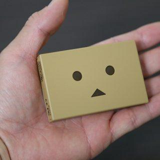 たった70g!薄く小さく軽いダンボーのCheeroバッテリーがめちゃスゴイぞ!
