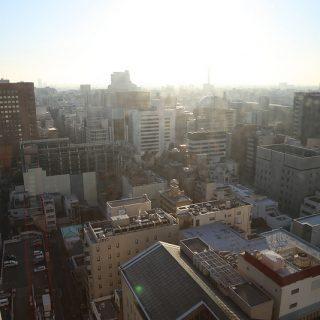 高層ホテルから街を見下ろして気付いた、自己アピールの大切さと差別化について考えたぞ!
