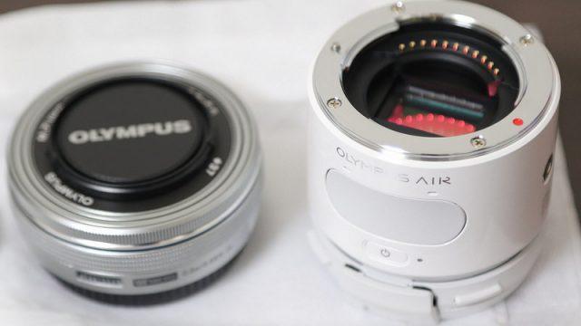 OLYMPUS AIR A01開封の儀!外観レビューと付属品を紹介するぞ!