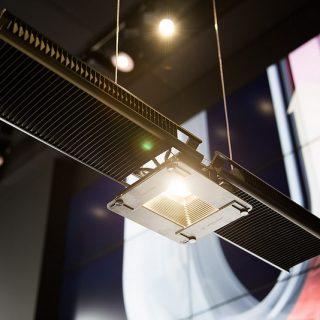 【Jake Dyson Light】ダイソンが新商品発表!今度は、なんとヒートシンク入り照明器具だぞ!