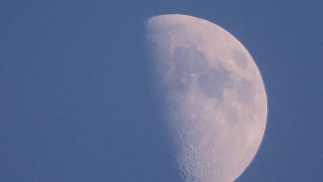 クレーターまでくっきり!キヤノンのハイエンドコンデジPowerShotG3Xで月を撮影するとすんごいぞ!