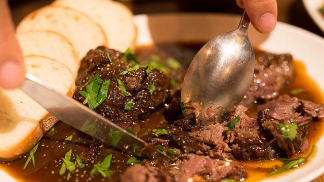 【門前仲町】美味い肉とワインを楽しむなら肉バル「カルネトライブ」がおススメだぞ!