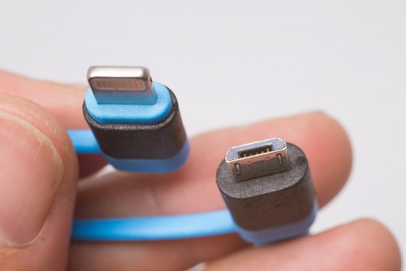 cheero_2in1_Retractable_USB_Cable-8