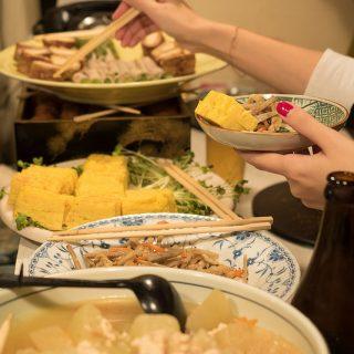 【新橋】大皿料理と飲み放題で5000円!どこか懐かしい絶品料理の「かすみ亭」に行ってきたぞ!