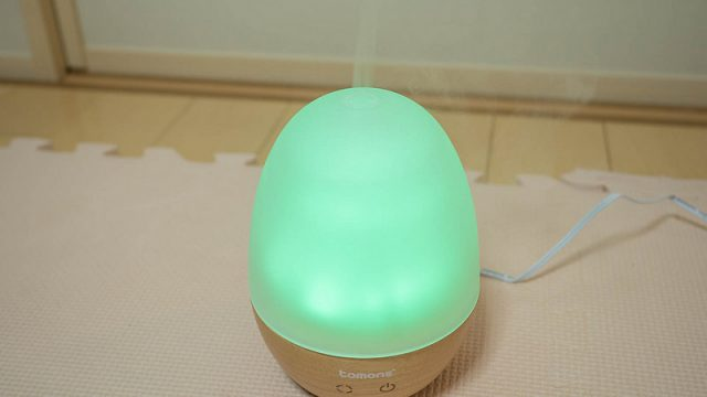 LED内蔵たまご型の加湿機能付きアロマディフューザーが加湿器として良いぞ!