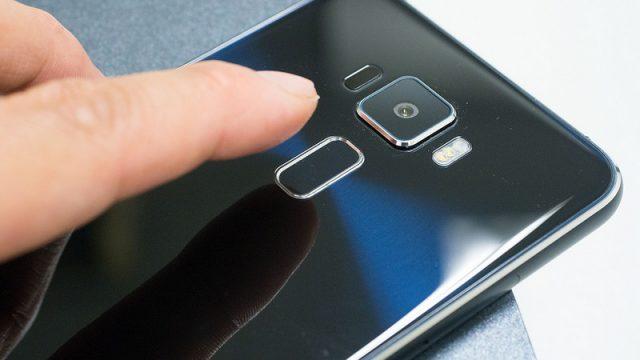 Zenfone3開封!高級感のある外装は良い感じ!ただ指紋センサーの位置がイマイチ慣れないぞ!