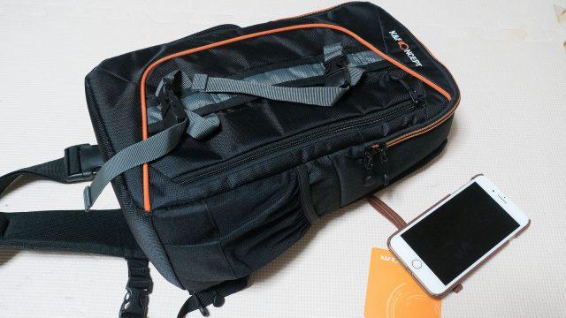 コスパの良いショルダーカメラバッグ、これで4000円なら気軽に使えて良いぞ!
