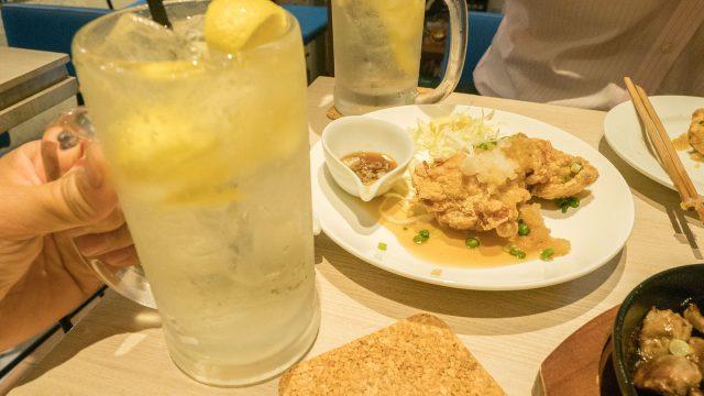 【蒲田】から揚げとレモン酒のバル「蒲田Cafe」がオシャレで旨くておススメだぞ!
