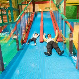 大型遊具に囲まれたビュッフェレストラン #KidsBee で家族が大満足だぞ!【PR】 #たま発 #tamahatsu #立川市 #ららぽーと立川立飛
