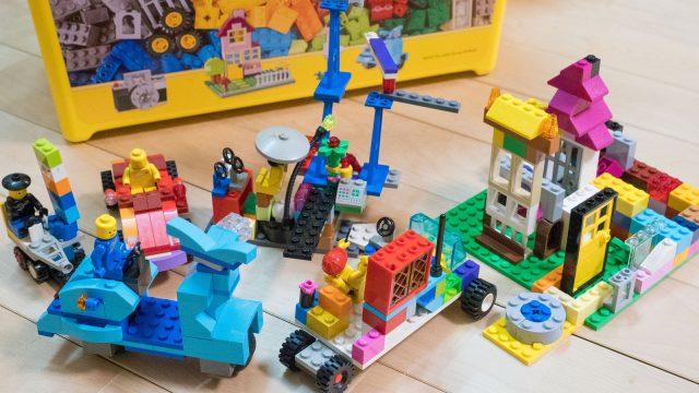 4歳児から!レゴで想像力や手先の器用さ、知育に良いぞ!