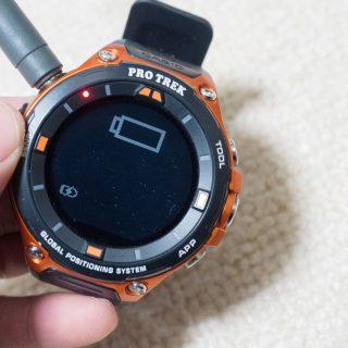カシオのスマートウォッチ「 #プロトレックスマート WSD-F20」の電池問題。充電ケーブルをもう1本買い足したらストレスがグッと減ったぞ! #アウトドアアンバサダー
