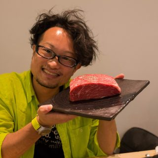 赤坂で「肉のヒマラヤ」食べ放題!肉塊とステーキとTeppan鍋と日本酒を堪能してきたぞ!