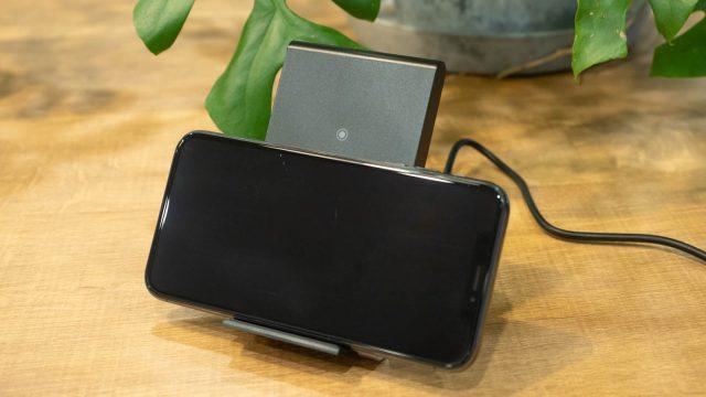 【新発売!】cheeroから縦でも横でも充電できるワイヤレスチャージャー「2 Coils Wireless Charger Stand」が発売だぞ!