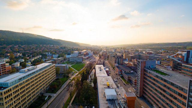 チェコ「ズリーン」は製靴会社Baťaが育てた街!整然と立ち並ぶ建物が美しいぞ! #チェコへ行こう #cz100y #Zlin #ズリーン