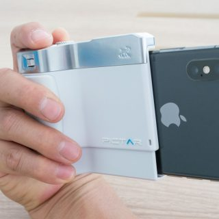 iPhoneを本格カメラ風にするケース!「PICTAR ONE PLUS MarkII」が便利だぞ!