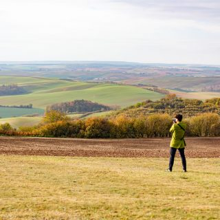 チェコ最強のインスタ映えスポット!?「モラヴィア大草原」がまさに緑の絨毯だったぞ! #チェコへ行こう #cz100y