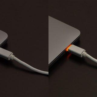MacBookの充電に最適!LED付きで充電状況を光で見えるUSB Type-Cケーブルが便利だぞ!