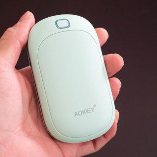 モバイルバッテリー兼、電気カイロが999円の大特価!1つあると重宝するぞ!