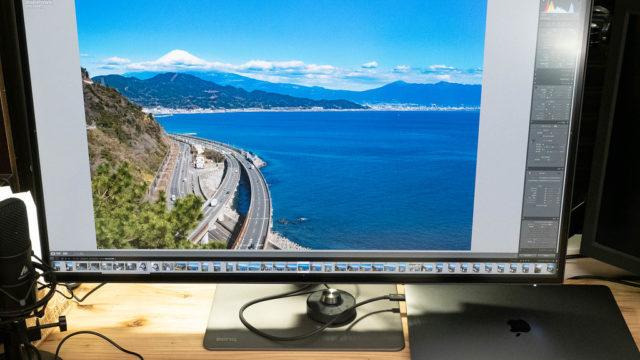 デザイナー向けMacBook Proモニターとして最適!BenQ「PD3220U」が仕事の効率が上がりまくるぞ!【PR】