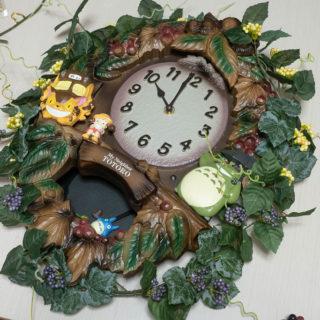 トトロの振り子掛け時計をデコってカスタマイズ!ボリュームがでてかわいいぞ!