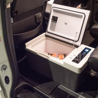 2万円前半で購入できる!ポータブル車載冷蔵冷凍庫が自宅のサブ冷蔵冷凍庫としても使えて便利だぞ!