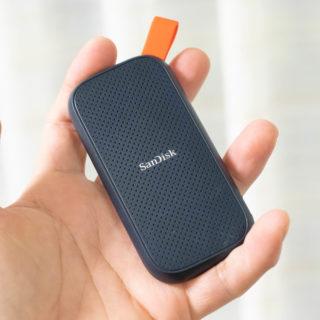 2TBのSSDが40gで2万円チョイ!コンパクトで超軽量なサンディスクのポータブルSSDがすごいぞ!