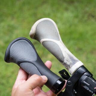 MTBやクロスバイクのハンドルグリップを自分で交換!思った以上に簡単だぞ!